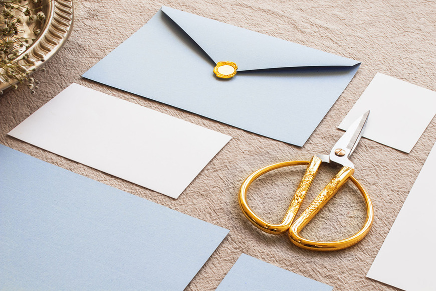 144533gold-scissors-in-composition-on-tablecloth.jpg