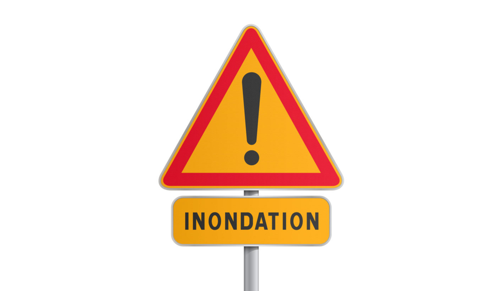 Attention-inondation-600x819