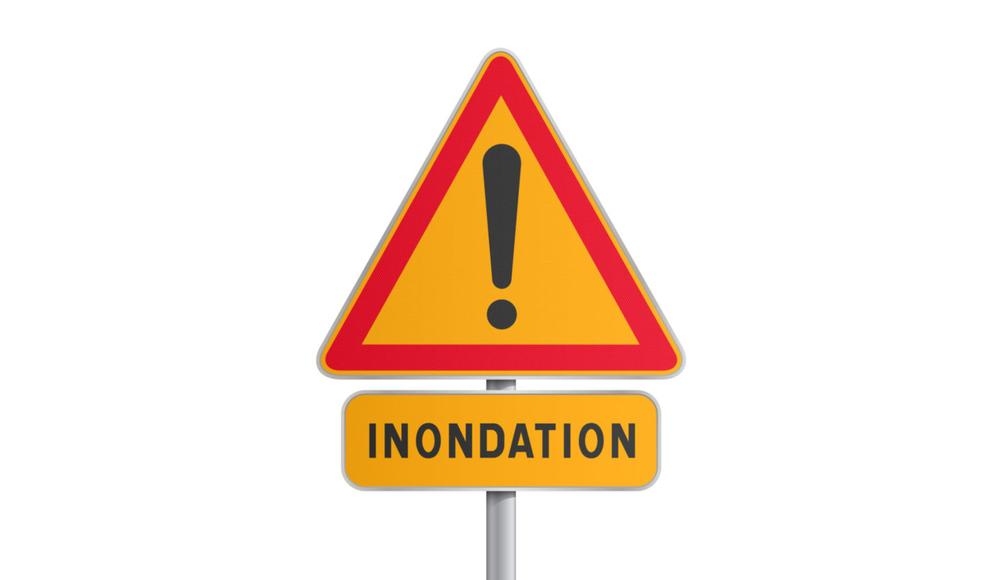 Attention-inondation-600x819